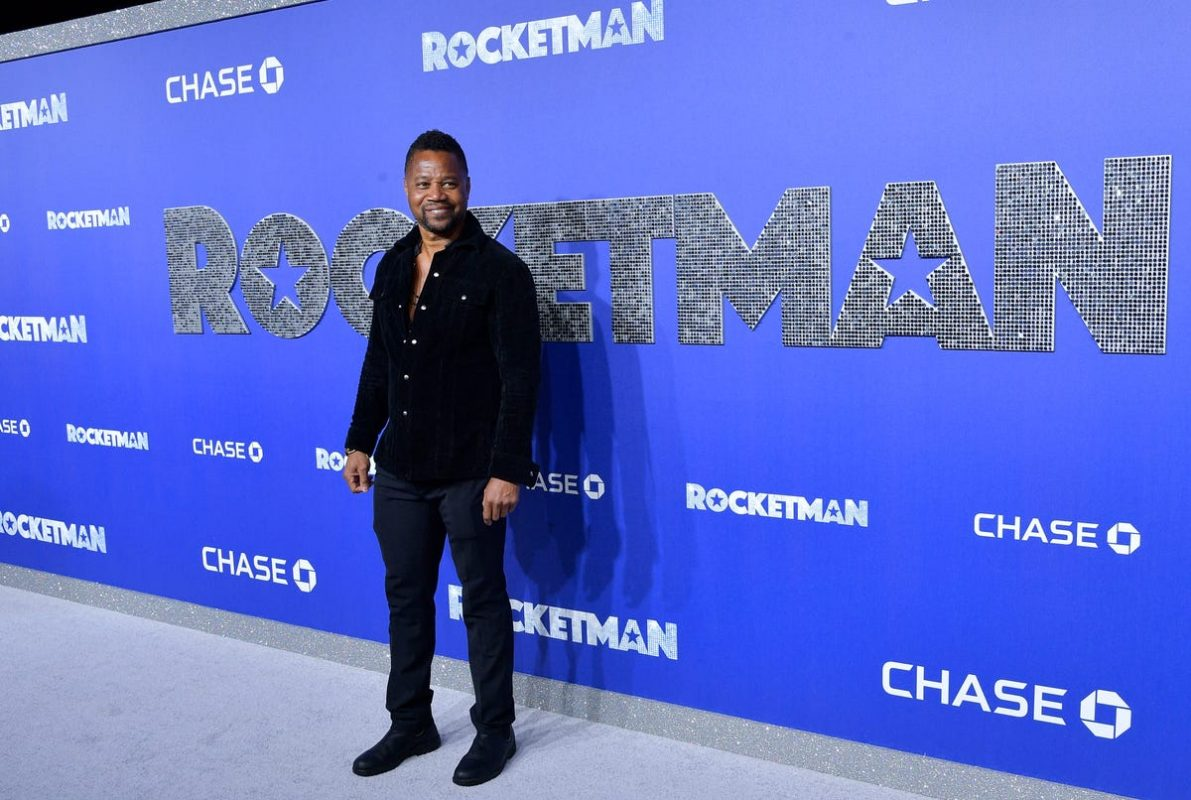 Cuba Gooding Jr says he didn't grope woman in bar will turn himself in to NYPD