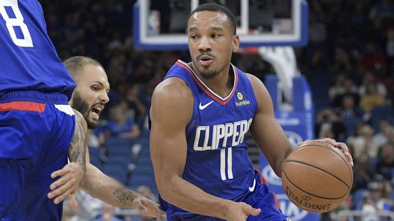 Avery Bradley will sign a two-year deal with Lakers after clearing waivers