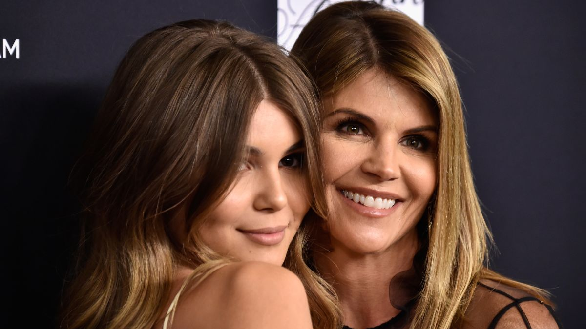 Lori Loughlin daughter Olivia Jade's fake athletic profile said she was champion rower