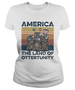 America the land of otterunity independence day vintage  Classic Ladies