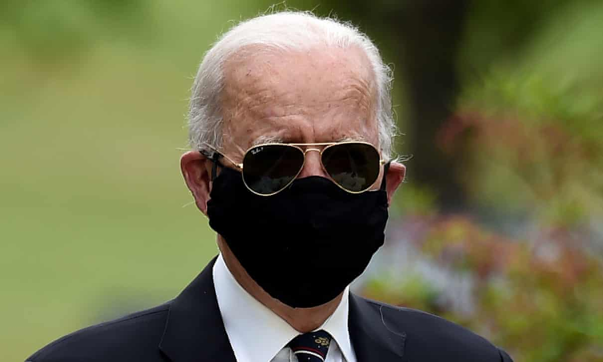 A bit shady does wearing sunglasses with a face mask work