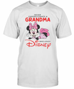 Never Underestimate A Grandma Who Loves Disney T-Shirt Classic Men's T-shirt