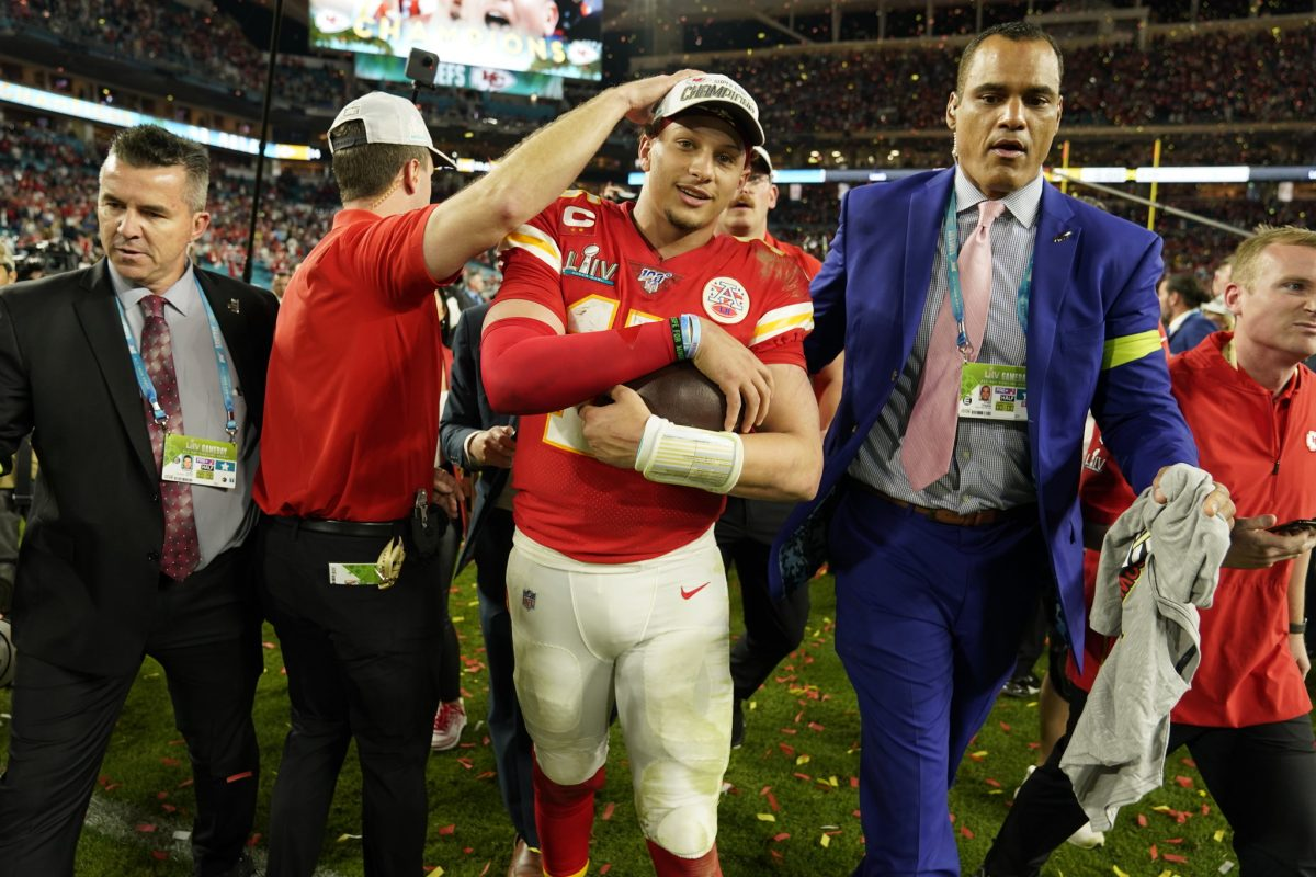 Patrick Mahomes Gets 10-Year Deal With Kansas City Chiefs