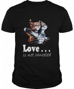 Cat Love Is Not Canceled Titanic Cats  Classic Men's T-shirt